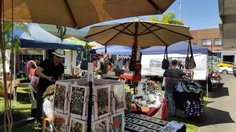 the fold illawarra art and craft on the grass paintings 768x431